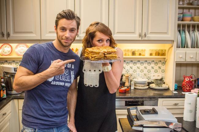 Superbink louis talpe aan sofie haar zijde in de keuken for De keuken van sofie pizza
