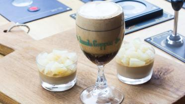 Mokka panna cotta en Irish coffee sabayon
